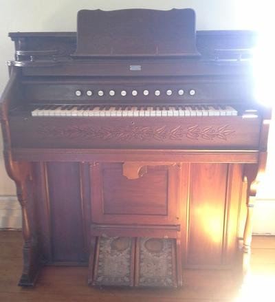 Cromwell's old Methodist Church Organ 3
